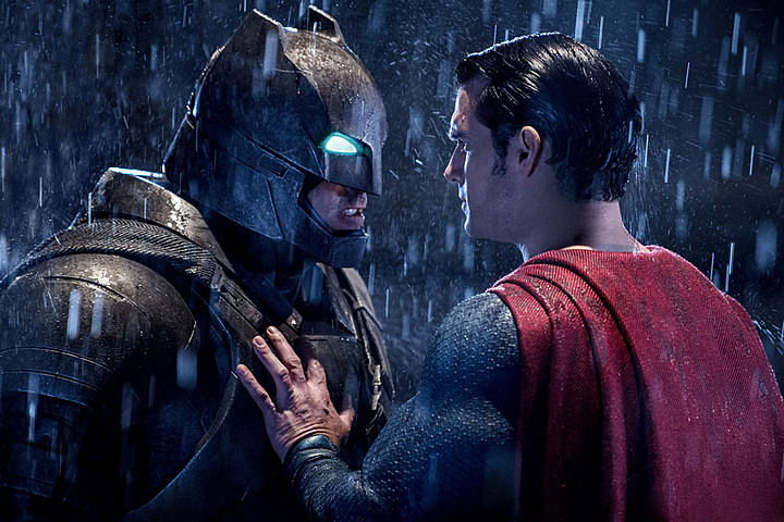 batman-vs-superman-review-pic1